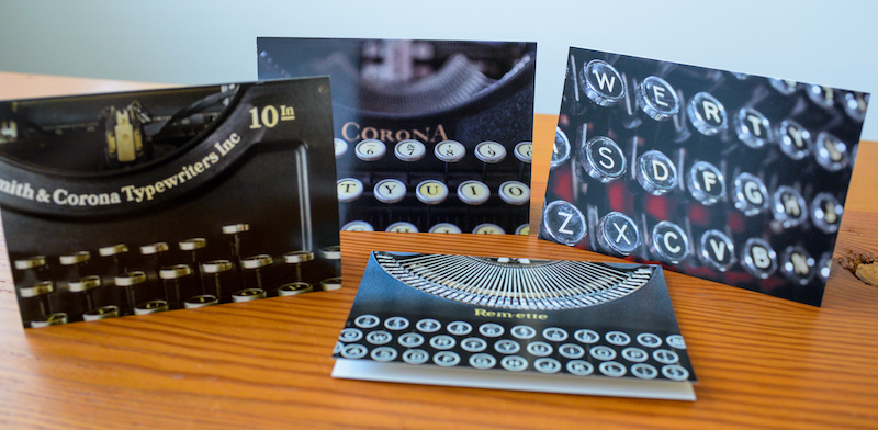 Mixed set of 12 antique typewriter notecards